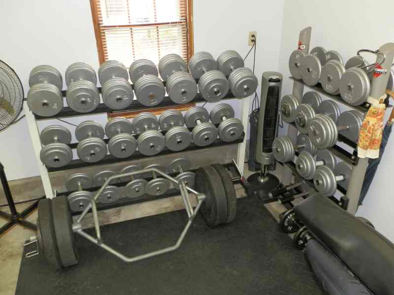 Dumbbell rack diy diy projects for Homemade weight rack plans